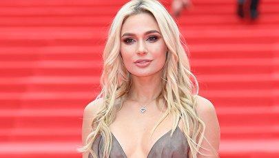 Aktris Natalya Rudova.
