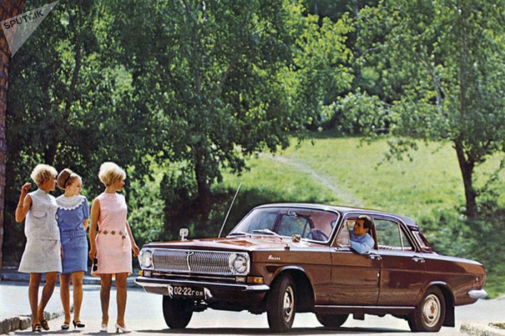 Sovyet Rusya'sından  göz alıcı otomobil reklamları