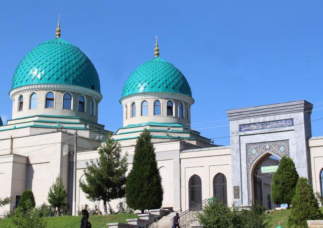 Özbekistan'ın camileri