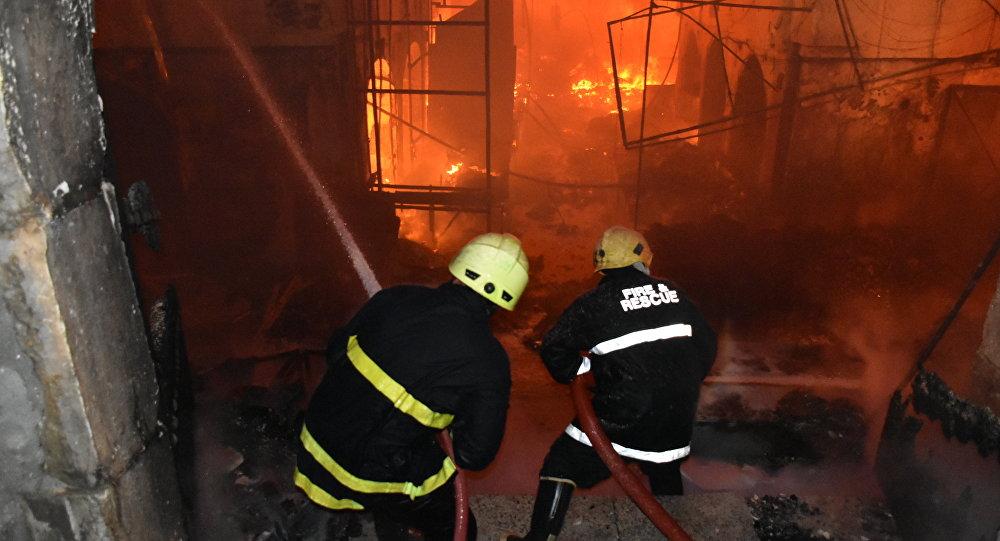 Kerkük'te tarihi çarşıda yangın!