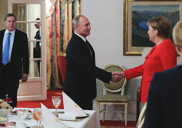Rusya Devlet Başkanı Vladimir Putin Almanya Başbakanı Angela Merkel G20
