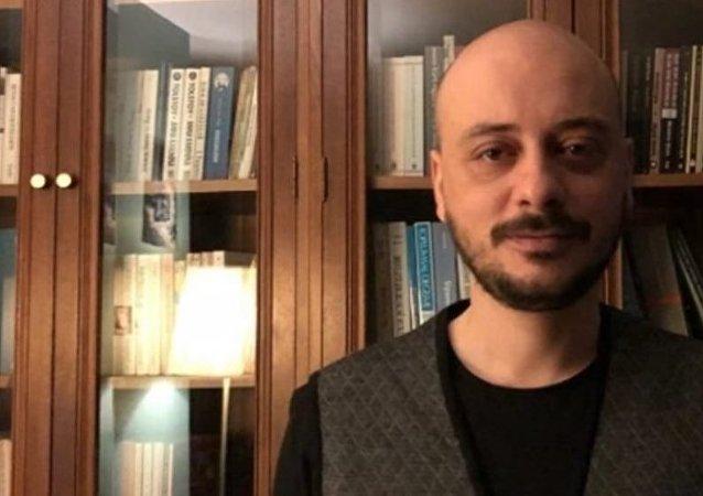 Dr. Ahmet Özcan-Ama Eşkıyalık Çağı Kapandı kitabının yazarı
