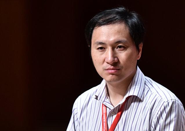 Çinli bilim insanı He Jiankui