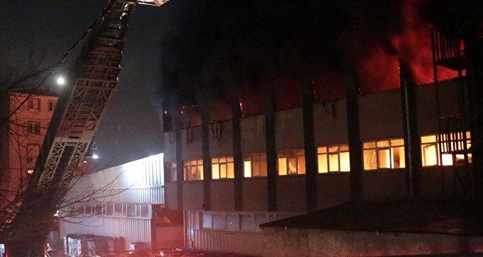 Maltepe - fabrika yangını