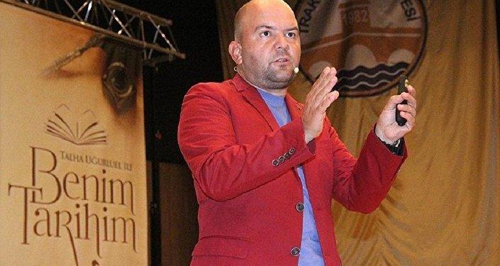 Talha Uğurluel FETÖden tutuklandı: Kudüs kitabını yazdığım için 17
