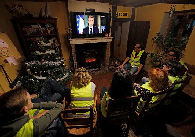 Fransa Cumhurbaşkanı Macron, Sarı Yeleklilere ilişkin açıklama yaptı