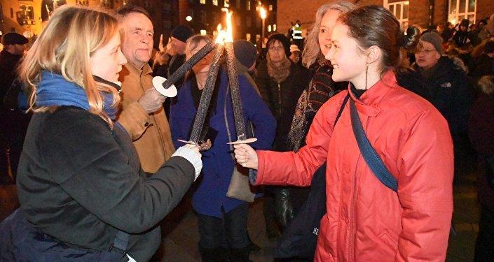 Danimarka'da mültecilere yönelik sert yasalar protesto edildi