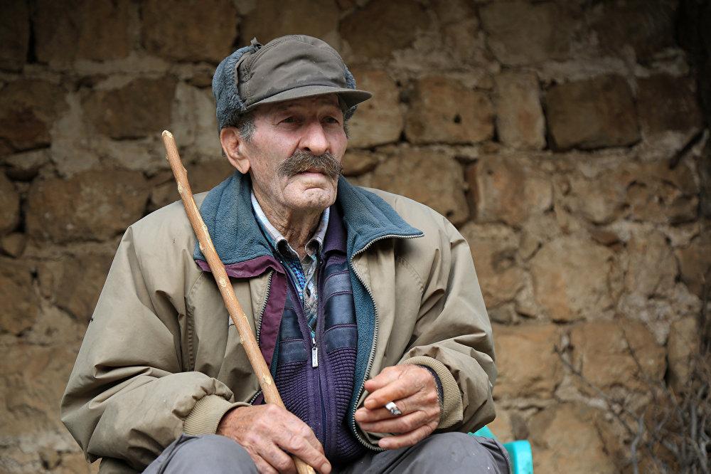 77'lik Süryani'den 25 yıllık yalnızlığa bedel bir tercih