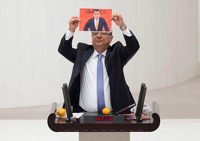CHP Burdur Milletvekili Mehmet Göker