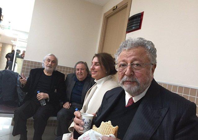 Metin Akpınar - Müjdat Gezen