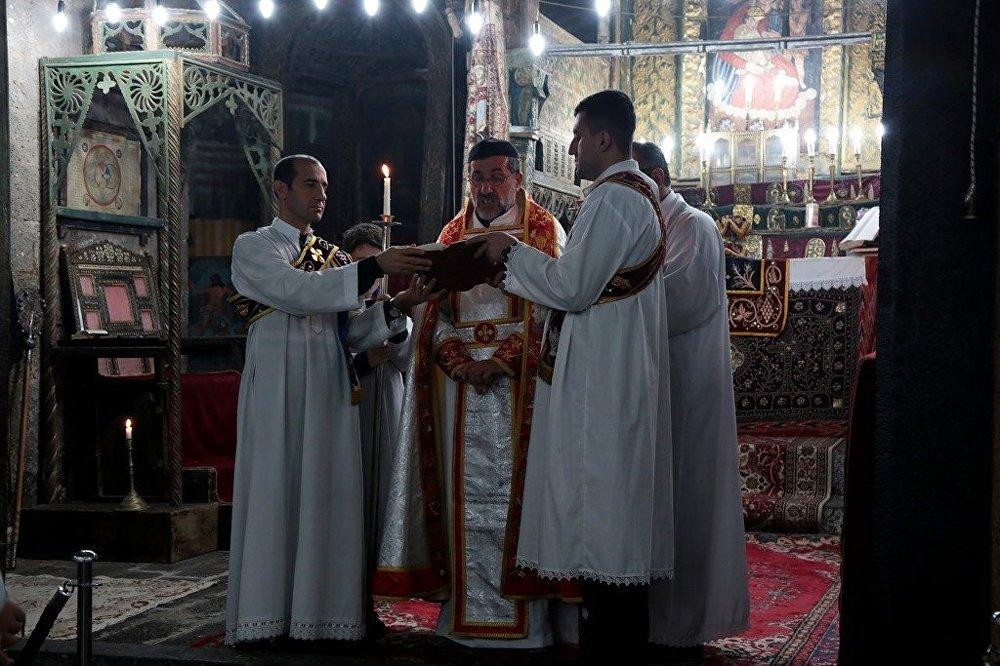 Diyarbakır'ın son aktif kilisesinde Noel ayini