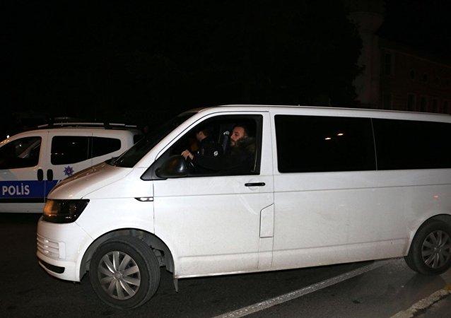Fatih'te Uber Sürücüsü Tartıştığı Kadın Müşterisini Ezdi