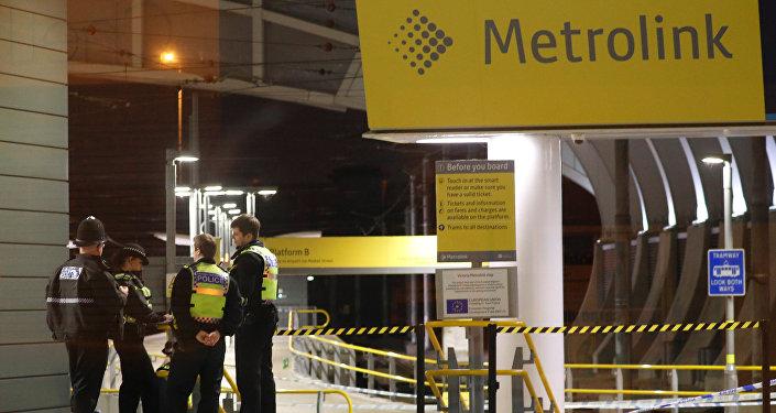 Manchester'ın Victoria istasyonunda bıçaklama olayının ardından polis inceleme yürüttü.