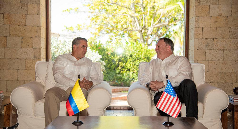 Kolombiya Devlet Başkanı Ivan Duque ve ABD Dışişleri Bakanı Mike Pompeo'nun görüşmesi