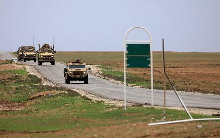 Suriye'nin kuzeyinde ABD birlikleri Türkiye sınırına yakın devriye geziyor –  Haseke, Suriye