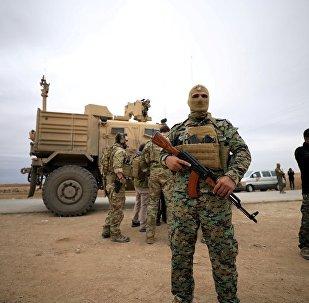 Suriye Demokratik Güçleri (DSG) ve ABD birlikleri, Türkiye sınırına yakın devriye geziyor