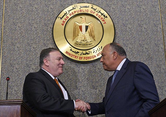 Mısır Dışişleri Bakanı Semih Şükri ve ABD Dışişleri Bakanı Mike Pompeo