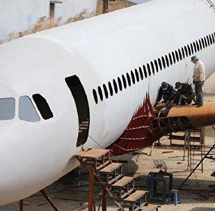 Çocukluk hayalini gerçeğe dönüştürdü: Birebir ölçülerde bir A 320 tipi uçak inşa etti