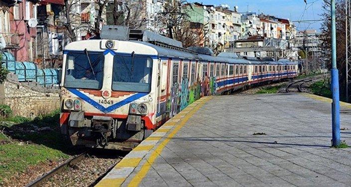 Halkalı-Gebze banliyö tren hattı