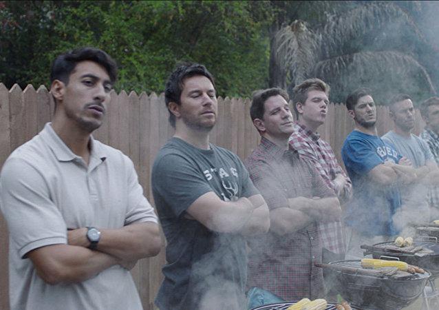 Gillette reklam filminden bir sahne