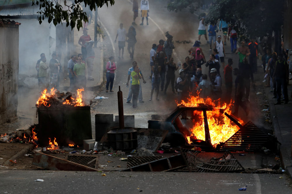 Karakas'ta protesto gösterileri
