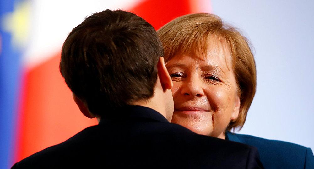 Fransa Cumhurbaşkanı Macron ve Almanya Başbakanı Merkel
