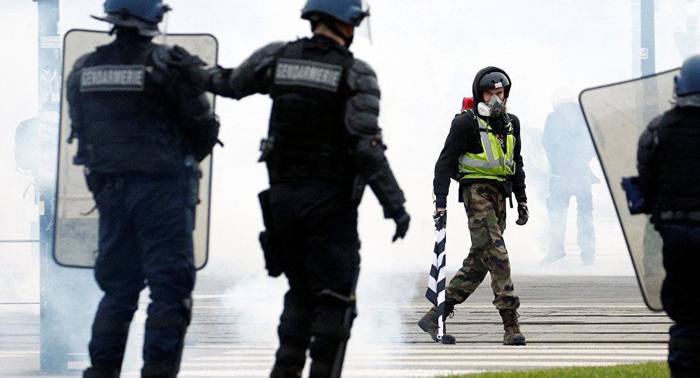 Fransa'da Sarı Yelekler eylemleri 11. haftasında