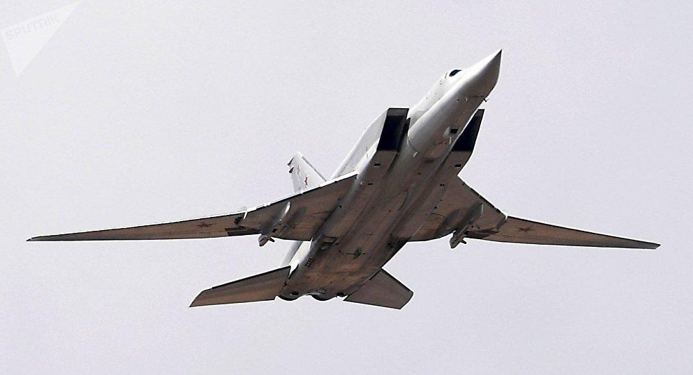 Rus Tu-22M3 bombardıman uçağının Karadeniz üzerinde çekilen görüntüleri yayınlandı