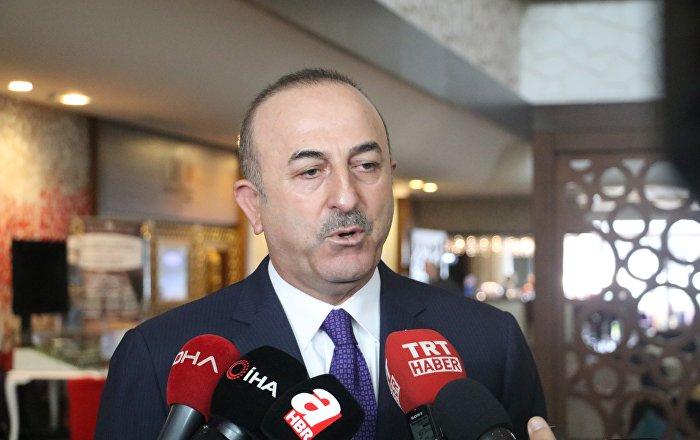 Çavuşoğlu: Kıbrıs etrafında iki gemiyle sondaja başlıyoruz, Akdeniz'de Türkiyesiz hiçbir şey yapılamaz