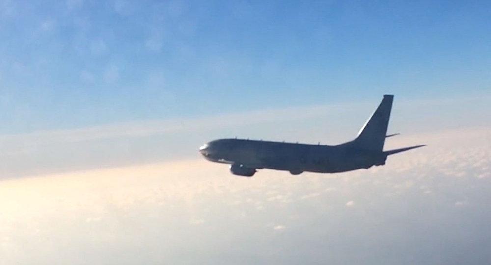 Rus Su-27 avcı uçağından ABD'nin Poseidon P-8A denizaltısavar uçağına önleme