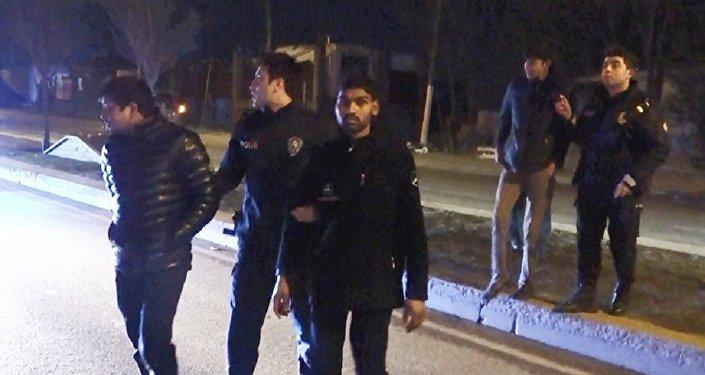 Yer İstanbul: Afganlar sokaklarda sopalarla Pakistanlı aradı