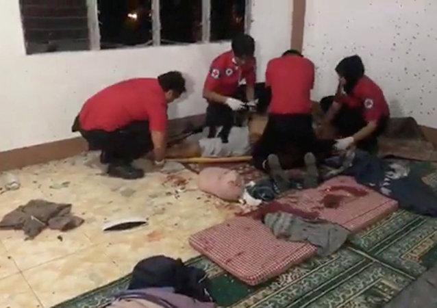 Filipinler - cami saldırısı