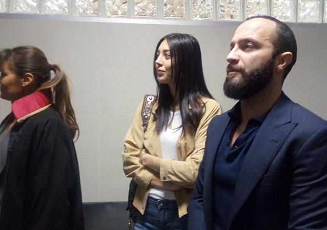 Berkay Şahin ve eşi Özlem Ada Şahin, adliyede böyle görüntülendi