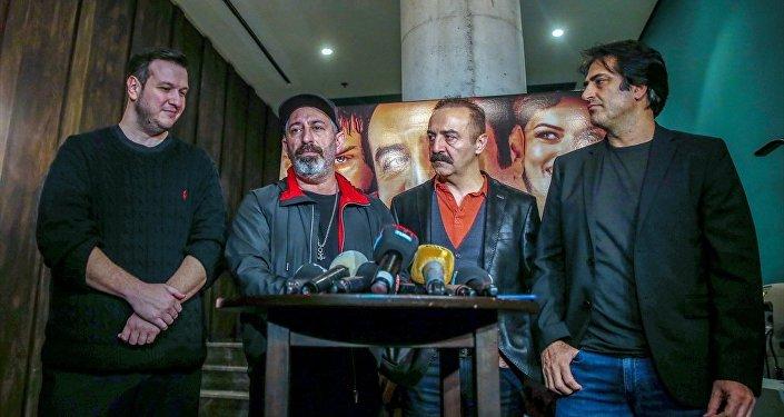 Yılmaz Erdoğan, Cem Yılmaz, Şahan Gökbakar ve Mahsun Kırmızıgül