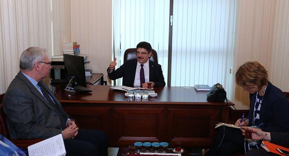 AK Parti Genel Başkan Danışmanı Yasin Aktay, Birleşmiş Milletler (BM) Yargısız ve Keyfi İnfazlar Özel Raportörü Dr. Agnes Callamard
