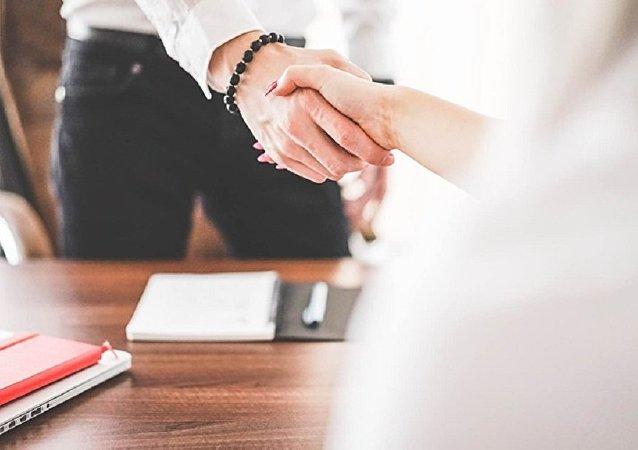 iş görüşmesi / anlaşma
