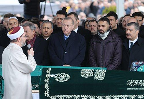 Cumhurbaşkanı Erdoğan Kartal'da çöken binada hayatını kaybedenlerin cenaze töreninde