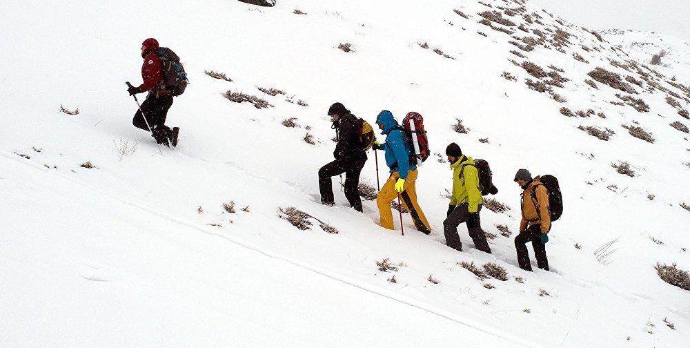 Türk ve Rus dağcılar, 103 yıl sonra atalarının savaştığı Kargapazar Dağı'na tırmandı