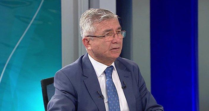 Prof. Dr. Mesut Hakkı Caşın