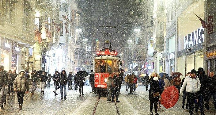 İstanbul- Kar
