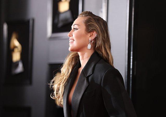 Şarkıcı Miley Cyrus