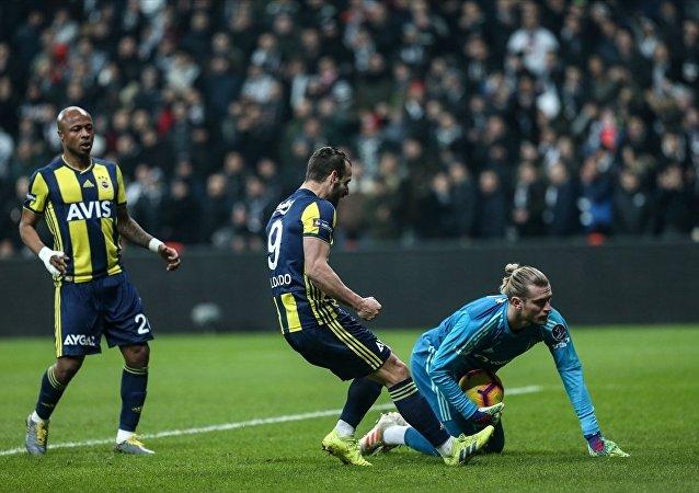 Spor Toto Süper Lig'in 23. haftasındaki Beşiktaş-Fenerbahçe derbisi 3-3 berabere tamamlandı.