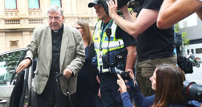 Avustralya Kardinali george Pell iki çocuğa cinsel tacizden suçlu bulundu