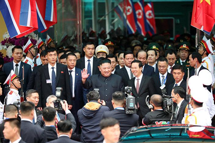 Bu bir Kuzey Kore liderinin Vietnam'a 3. ziyareti oldu. Kim'in büyükbabası ve ülkenin kurucu lideri Kim Il-sung 1958 ve 1957'de Vietnam'a gitmiş, dönemin Vietnam lideri Ho Chi Mi de 1957'de iade-i ziyarette bulunmuştu.Vietnam ziyareti aynı zamanda Kim'in göreve geldiği 2011'den bu yana yurtdışına yaptığı 6. ziyaret olma özelliği taşıyor. Kim bugüne dek 4 kez Çin'e, Haziran 2018'de de yine Trump'la görüşmek için Singapur'a gitmişti. Bu ziyaretlerden üçünü trenle yapan Kim Singapur için ise uçağı tercih etmişti.