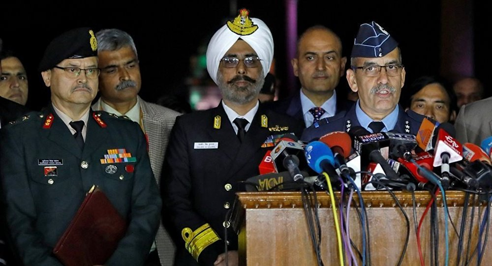 Hindistan Hava Kuvvetleri Sözcüsü Tümgeneral RGK Kapoor