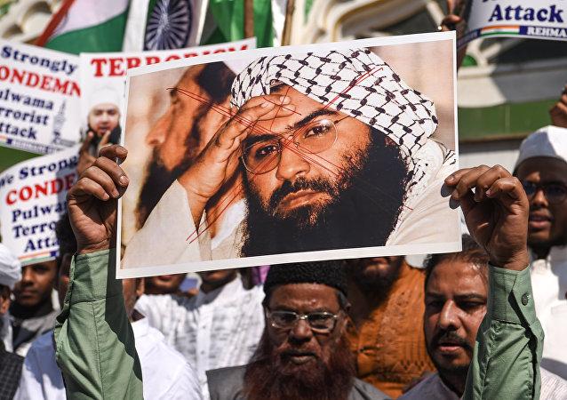 Cammu Keşmir saldırısını üstlenen Ceyş-i Muhammed örgütünün kurucusu ve lideri Mesud Azhar Hindistan'da protesto edildi