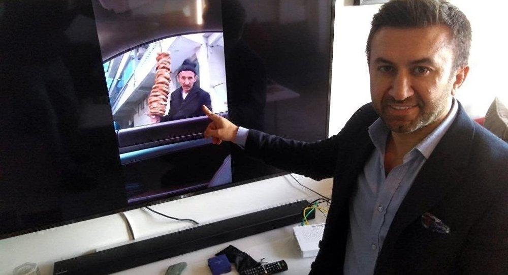 Şişli'de bir simitçinin elinde kalan bütün simitleri satın alarak sosyal medyada fenomen olan iş adamı İbrahim Yılmaz