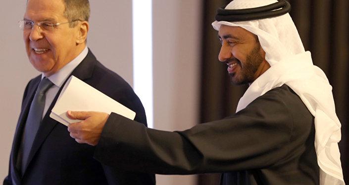 BAE: Arap ülkeleri inisiyatifi İran ve Türkiye'ye bırakarak Suriye'deki rollerini kaybetti