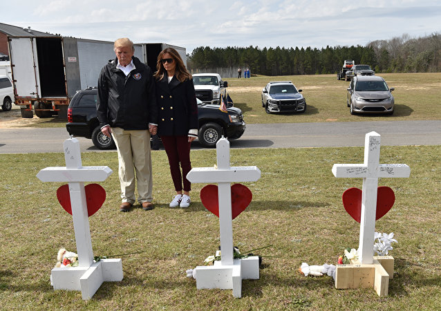 Donald Trump - Melania Trump - Alabama
