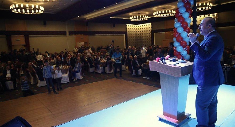 Çavuşoğlu: Amerika'da yaşayan Ahıska Türklerine çifte vatandaşlık vereceğiz